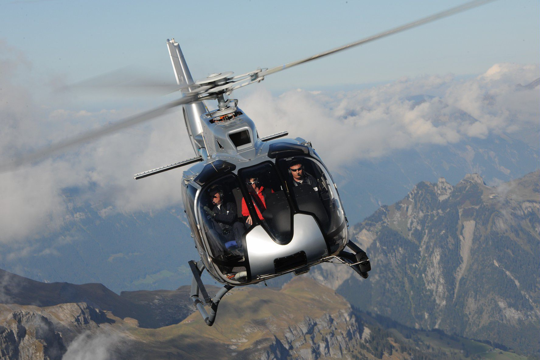 helicopter rental private airbus